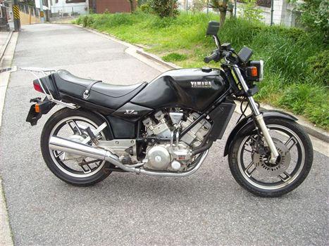 ヤマハ XZ400