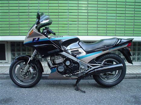 ヤマハ FJ1200