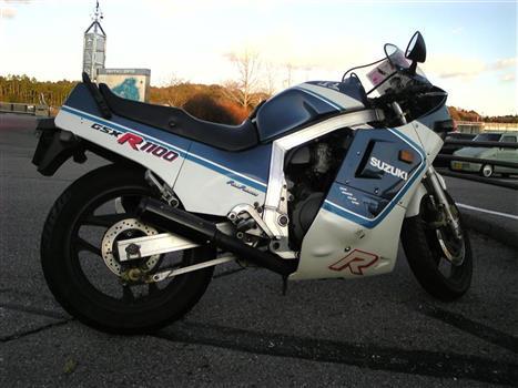 スズキ GSX1100RH