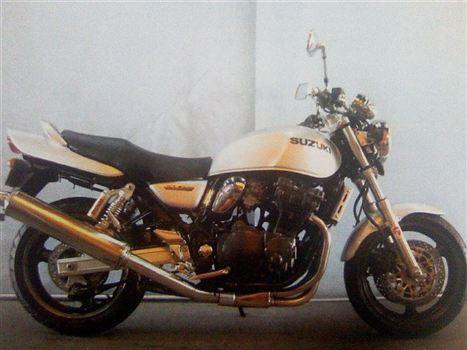 スズキ GSX750W (イナズマ)