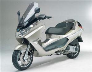 ピアジオ X8-200