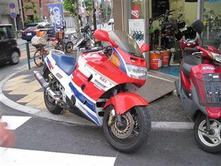 ホンダ CBR1000F