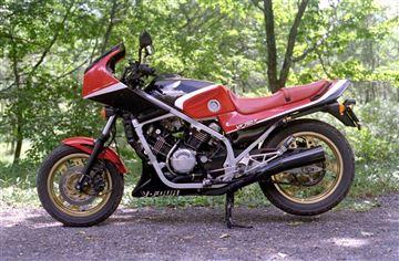 ホンダ VF750F