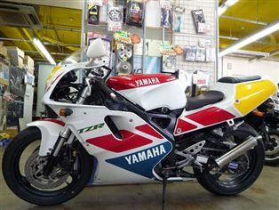ヤマハ TZR250RS