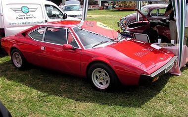 フェラーリ 308gt4
