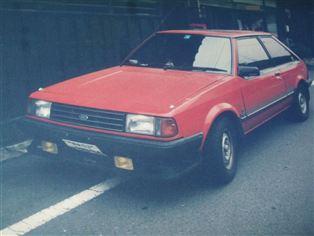 日本フォード レーザー