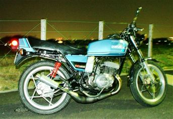 スズキ RG250E