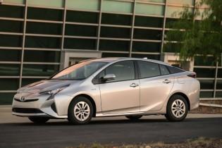トヨタ、米でプリウスの価格を発表
