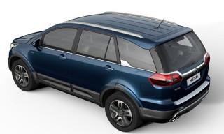 タタ、デリーで新型車4モデルを披露