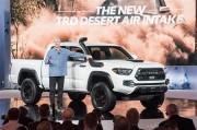 トヨタ、TRDが手がけたオフロードコンプリートカー3台を披露