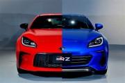 新型GR 86とBRZ日本仕様が初公開される。2.4Lエンジンにインナーフレームボディ、アイサイトなど話題が満載