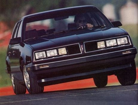 GM ポンティアック・6000STE