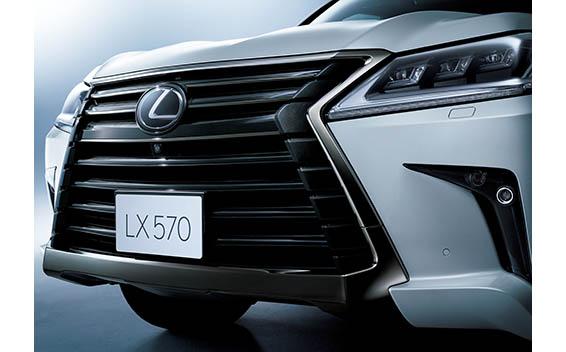 """LX570""""ブラックシークエンス""""(特別仕様車)"""