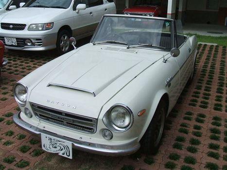 日産 フェアレディ2000