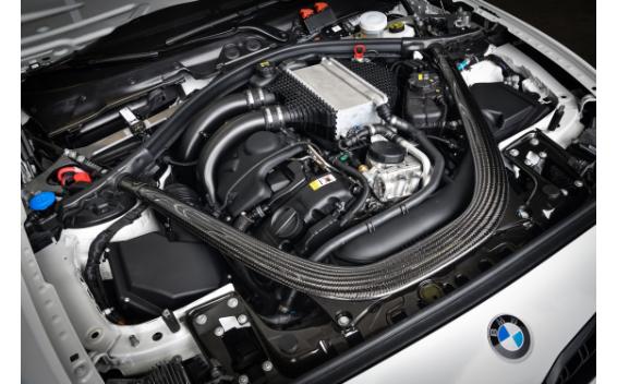 M2 CS レーシング(特別仕様車)