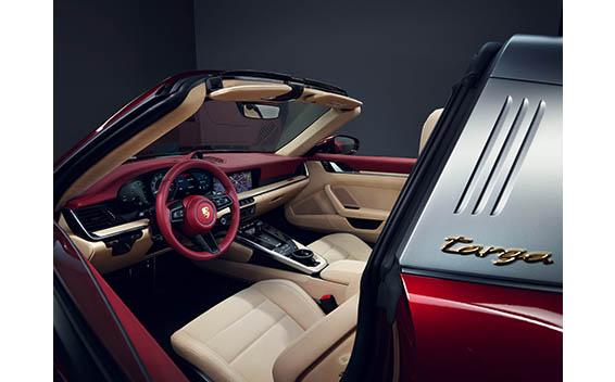 911 タルガ 4S ヘリテージデザインエディション(特別仕様車)