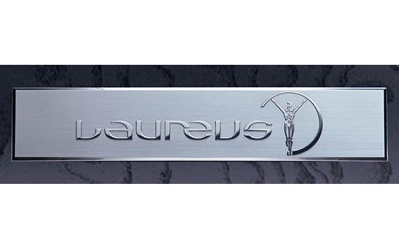 ローレウスエディション(特別仕様車)