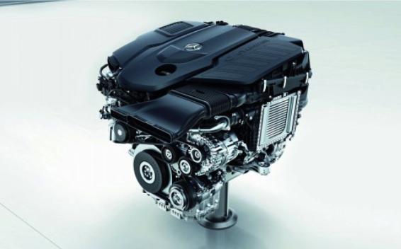 OM656 ディーゼルエンジン