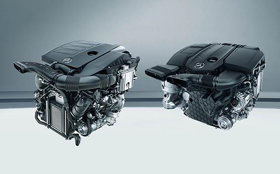 左:2.0リッターガソリンエンジン/右:2.0リッターディーゼルエンジン