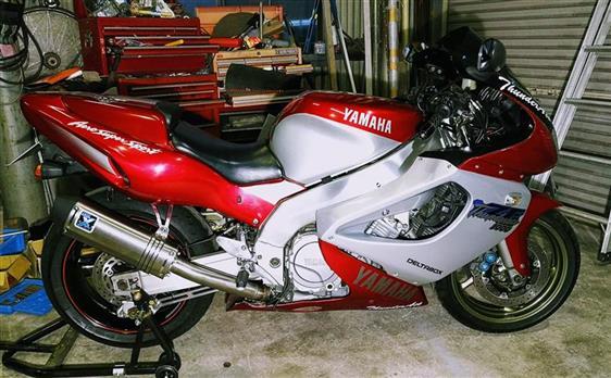 ヤマハ YZF1000R サンダーエース