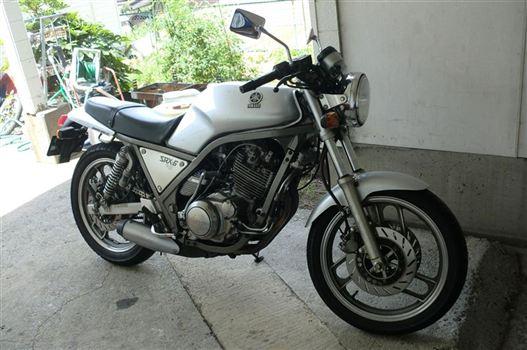 ヤマハ SRX-6