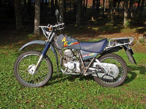 ヤマハ AG200