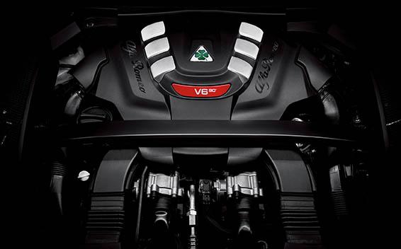 2.9 V6 ビターボ クアドリフォリオ