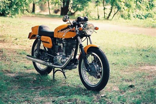 ドゥカティ デスモ350