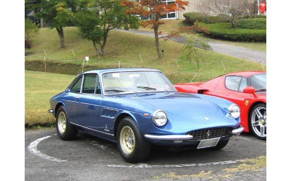 フェラーリ 330GTC
