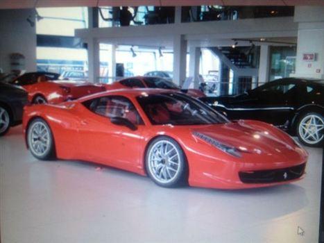 フェラーリ 458 チャレンジ