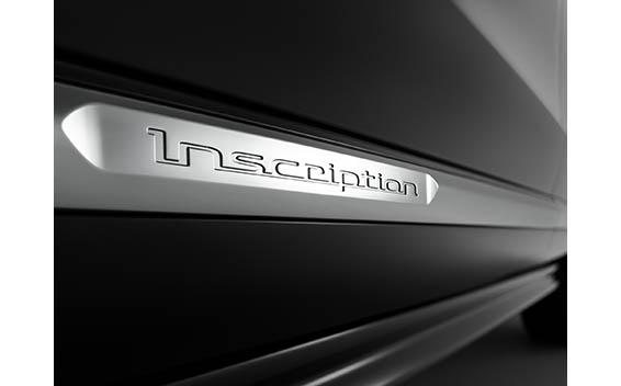 B6 AWD インスクリプション