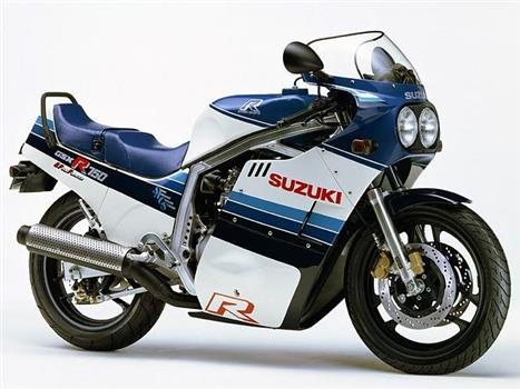 スズキ GSX-R750(GR71F)