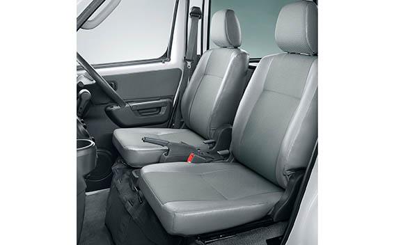カーゴ GL(4WD、4AT)