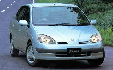 トヨタ プリウス