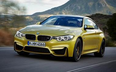 BMW M4 クーペ