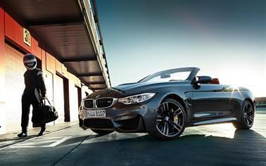 BMW M4 コンバーチブルのカスタム情報