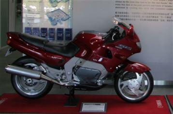 ヤマハ GTS1000