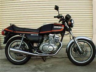 スズキ GSX250E