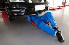 自動車整備士激減で業界は存続の危機に