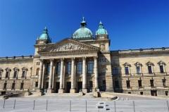 ディーゼル車走行禁止拡大でドイツが大騒ぎ。買い換えで顧客争奪戦も勃発