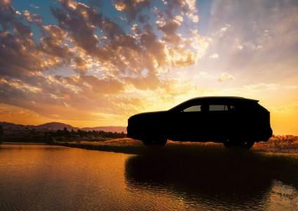 トヨタ、次期RAV4を予告 TNGA採用で大幅進化か