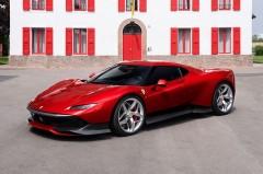フェラーリ、世界に1台の特製モデルSP38を披露