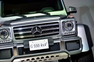 Gクラス史上最強の4輪駆動「G 550 4x4²」が登場