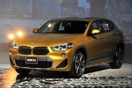 BMW X2日本発売 2機種のエンジン 436万円から