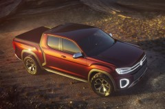 VWのSUV攻勢が加速 新型コンセプトカー2台を披露