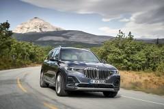 BMW「X7」登場 後発だけに充実した装備と完成度