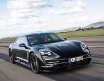 独ポルシェ、EVスポーツカー「タイカン」の性能を部分公開