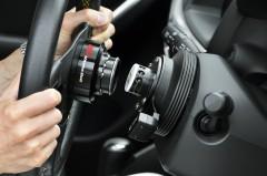 ハイエースやGT-Rなどの車両盗難を超アナログに防ぐ方法