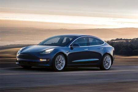 テスラ モデル3がEV未来予想図を左右する?