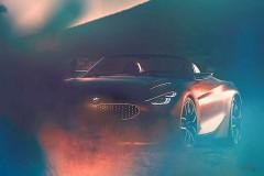 BMW Z4新型 コンセプトモデル、半分だけ公開